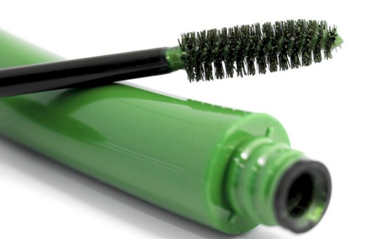 CBD Mascara: Is It Worth A Try?